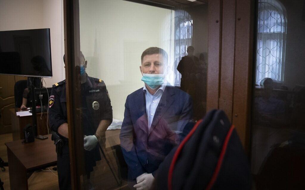 מעצר ראש העיר חברובסק ברוסיה, יולי 2020 (צילום: AP Photo/Alexander Zemlianichenko)