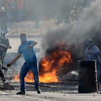 מהומות בכפר כנא בעקבות מותו של חיר חמדאן, ב-9 בנובמבר 2014 (צילום: פלאש90)