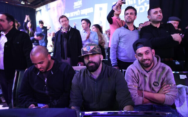 יואב אליאסי, הצל (במרכז). אפריל 2019 (צילום: Gili Yaari /Flash90)