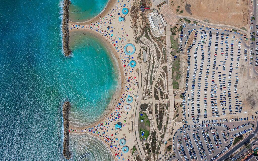 החוף הדרומי של אשקלון, ארכיון, 2019 (צילום: Edi Israel/Flash90)