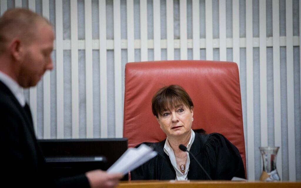 שופטת בית המשפט העליון ענת ברון (צילום: יונתן זינדל/פלאש90)