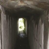 המנהרה שחיברה בין הווילה של מפקד מחנה הריכוז סילט לשטח המחנה (צילום: המרכז לארכאולוגיה של אוניברסיטת סטנדפורשייר/ באמצעות הוצאת Antiquity)