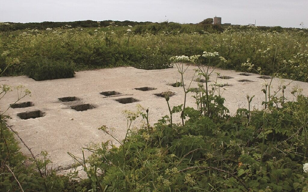 שרידי בית השימוש של האסירים במחנה הריכוז סילט על האי אולדרני (צילום: המרכז לארכאולוגיה של אוניברסיטת סטנדפורשייר/באמצעות הוצאת Antiquity)