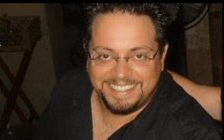 אלעד ביגלמן, אחד מ-15 עובדי ומנהלי יוקום תקשורת שמחלקת המשפטים של ארצות הברית הגישה נגדם כתב אישום, שמתוארך ל-25 בספטמבר 2019 והותר לפרסום ב-8 בנובמבר 2019 (צילום: פייסבוק)