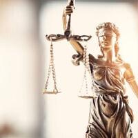 אילוסטרציה למאזני הצדק (צילום: seb_ra / iStock)