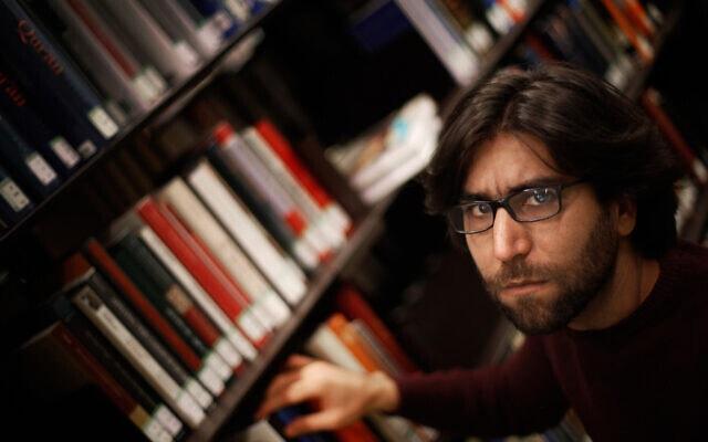 """עומר מוחמד, """"עין מוסול"""", בפריז (צילום: AP Photo)"""