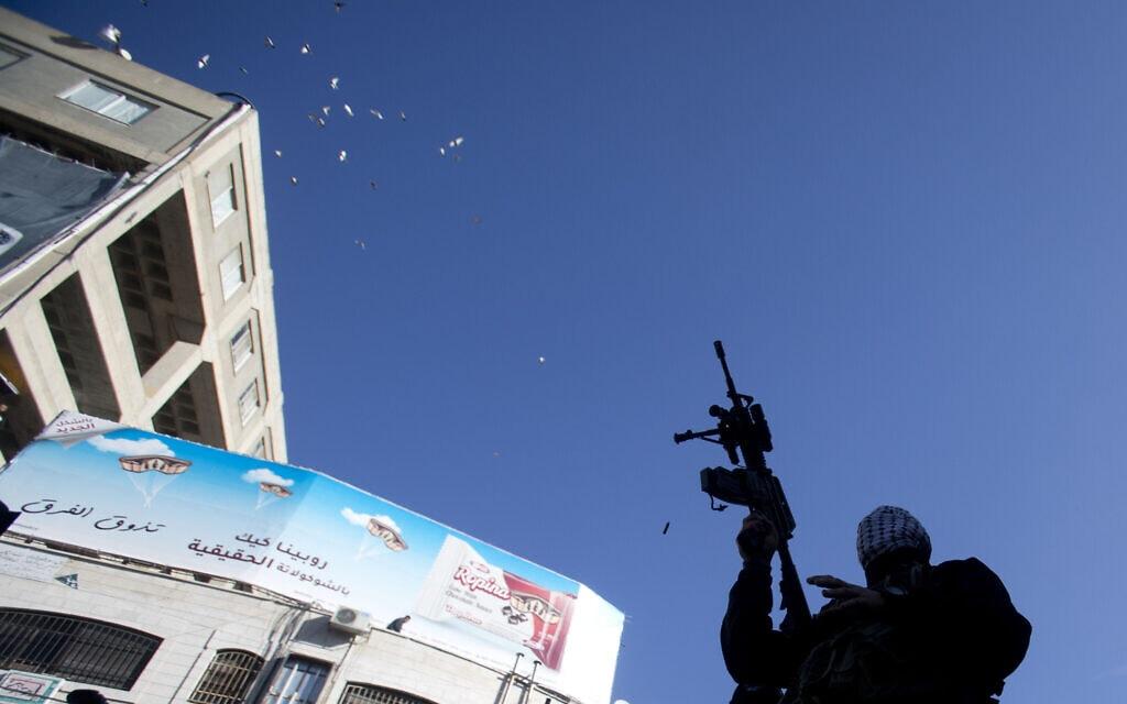 """חגיגות 55 לתנועת הפת""""ח בגדה המערבית. אילוסטרציה. (צילום: AP Photo/Majdi Mohammed)"""