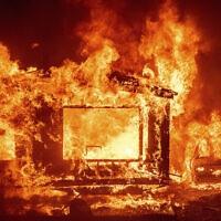 שריפה, אילוסטרציה (צילום: AP Photo/Noah Berger)