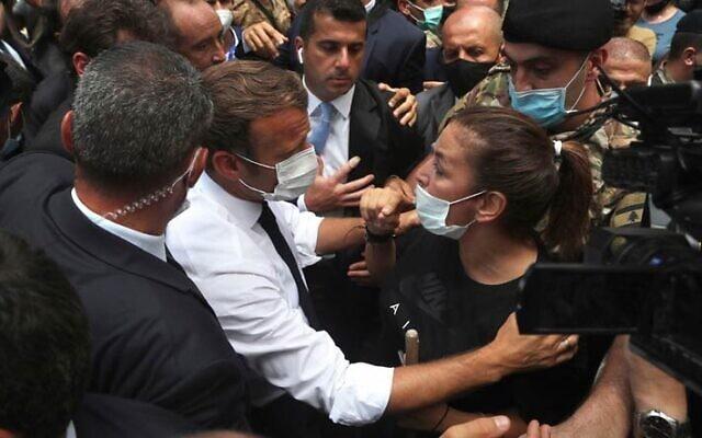 מקרון מפגין דאגה ללבנונים. הנשיא הצרפתי נתפס כמושיע (צילום: AP)