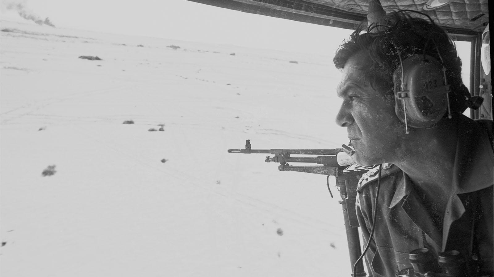 """הרמטכ""""ל, רב אלוף דוד אלעזר (דדו) במלחמת יום הכיפורים (צילום: דובר צה""""ל)"""