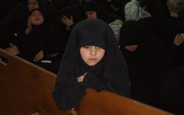 הילדה הלבנונית שמשכה את תשומת הלב של העיתונאית מישראל (צילום: באדיבות קסניה סבטלובה)