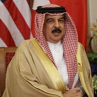 מלך בחריין חמד בן עיסא אל-חליפה (צילום: AP Photo/Evan Vucci, File)