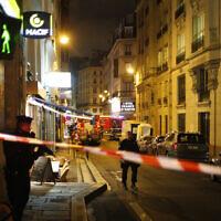 דקירה במרכז פריז (צילום: AP Photo/Thibault Camus)