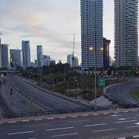 רחובות ריקים בתל אביב (צילום: עודד בלילתי, AP)
