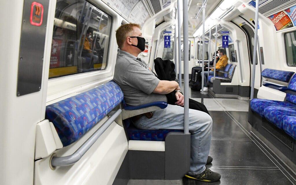 הרכבת התחתית בלונדון, ב-8 בספטמבר 2020 (צילום: AP Photo/Alberto Pezzali)