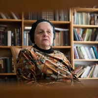 מרים לוינגר בביתה שבחברון, 8 במרץ 2016 (צילום: נתי שוחט, פלאש 90)