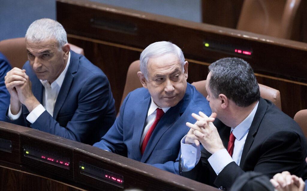 """מימין: ישראל כ""""ץ, בנימין נתניהו, משה כחלון (צילום: Yonatan Sindel/Flash90)"""