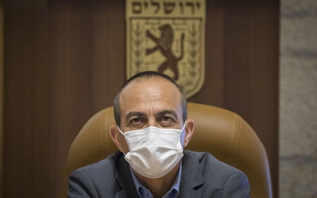 ממונה הקורונה רוני גמזו בפגישה עם ראש עיריית ירושלים (צילום: Fitoussi/Flash90)