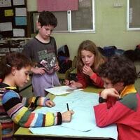 תלמידים בבית הספר היסודי בנווה שלום, צילום ארכיון (צילום: פלאש90)