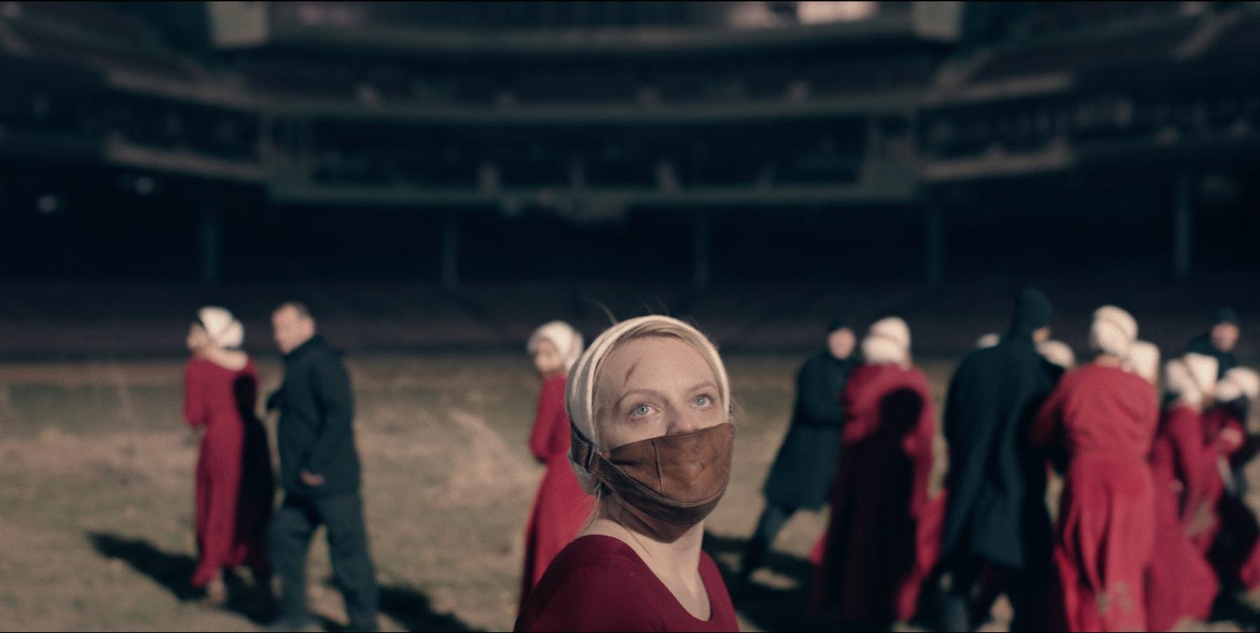 """הדיסטופיה מנצחת. """"סיפורה של שפחה"""" (צילום: HBO)"""