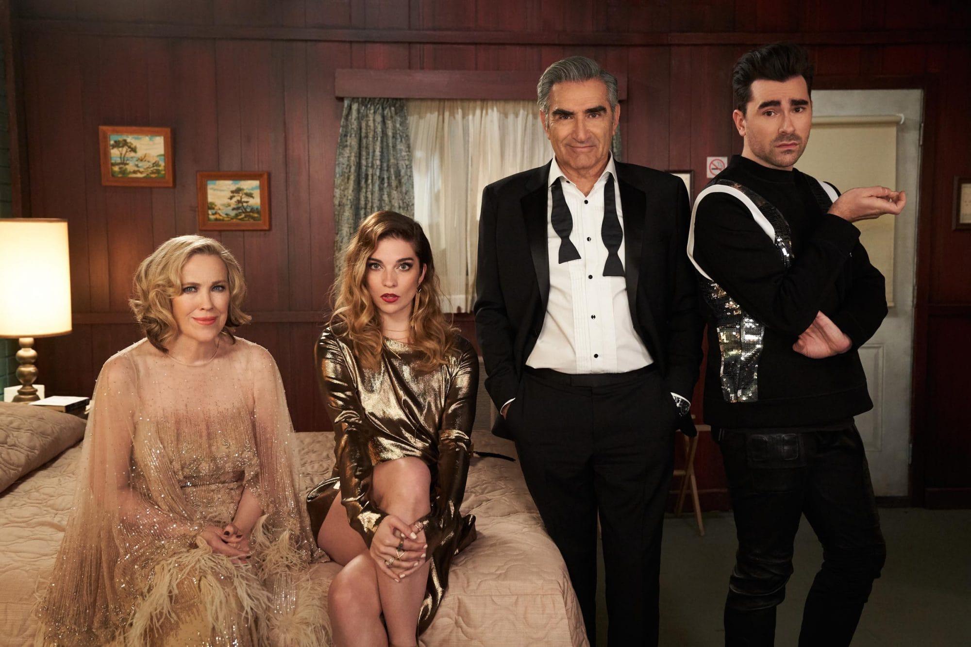 """המשפחה הלא-מאושרת ב""""שיטס קריק"""" (צילום: CBC)"""
