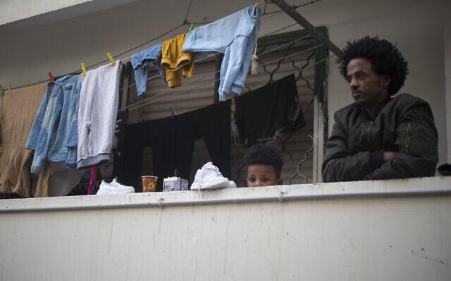 אילוסטרציה, מבקשי מקלט בתל אביב, ארכיון, 2018, למצולמים אין קשר לנאמר בכתבה (צילום: AP Photo/Ariel Schalit)