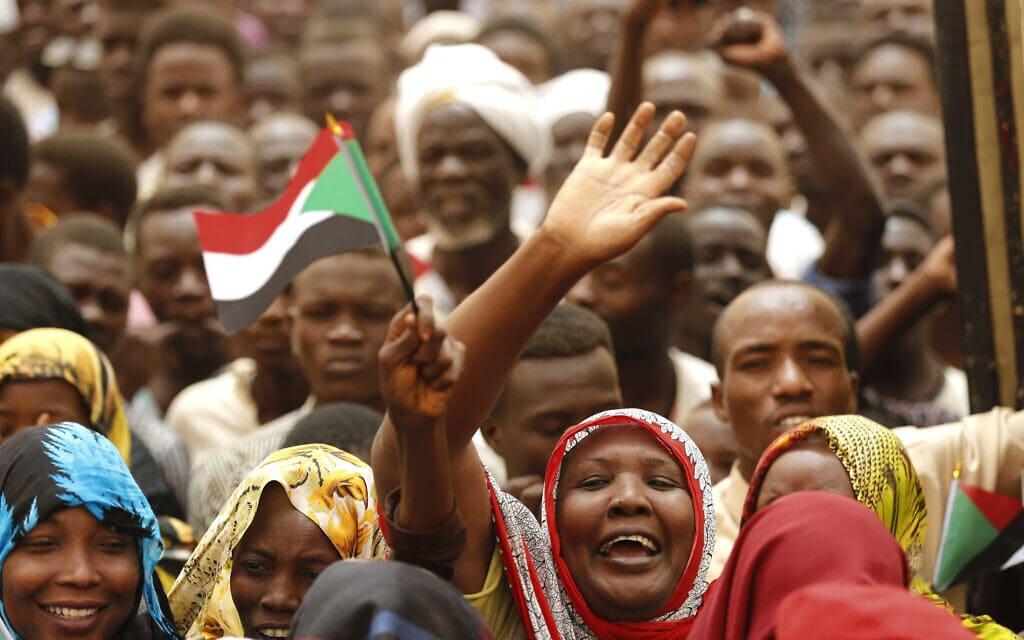 מחאות בחרטום, סודאן, ב-29 ביוני 2019 (צילום: AP Photo/Hussein Malla)