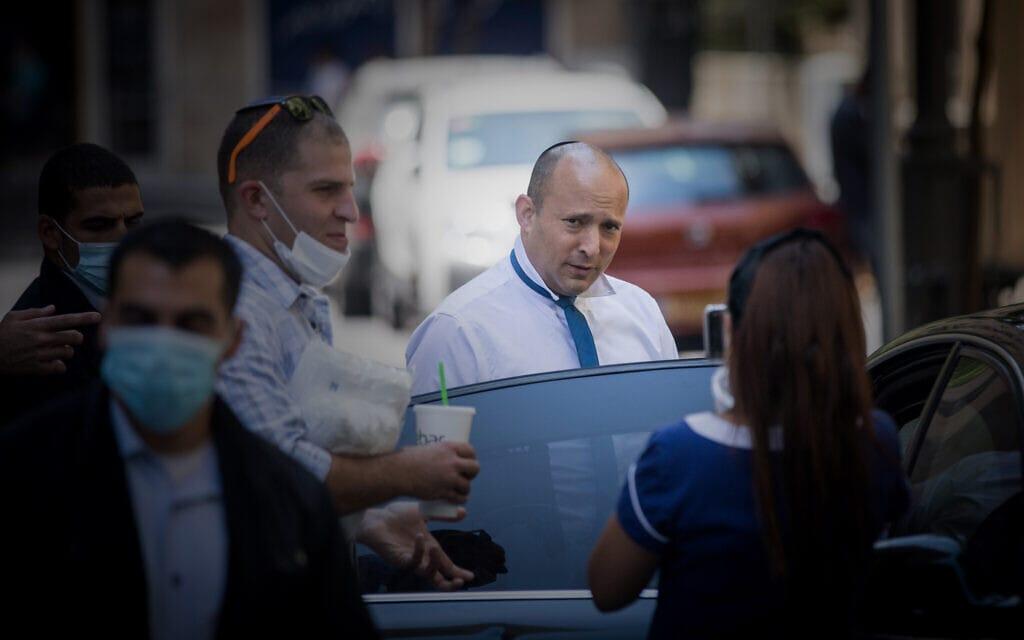 נפתלי בנט במפגש עם בעלי עסקים בירושלים, ב-5 באוגוסט 2020 (צילום: יונתן זינדל/פלאש90)