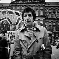 לאונרד כהן באמסטרדם, אפריל 1972 (צילום: Gijsbert Hanekroot / Alamy)