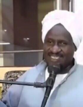 איש הדת הסודני עבד אל-רחמן חסן חאמד, שהוציא פתווה התומכת בנורמליזציה עם ישראל (צילום: צילום מסך)