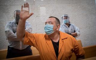 רומן זדורוב בדיון בבקשתו למשפט חוזר, בבית המשפט העליון בירושלים, 10 בנובמבר 2020 (צילום: יונתן סינדל / פלאש 90)