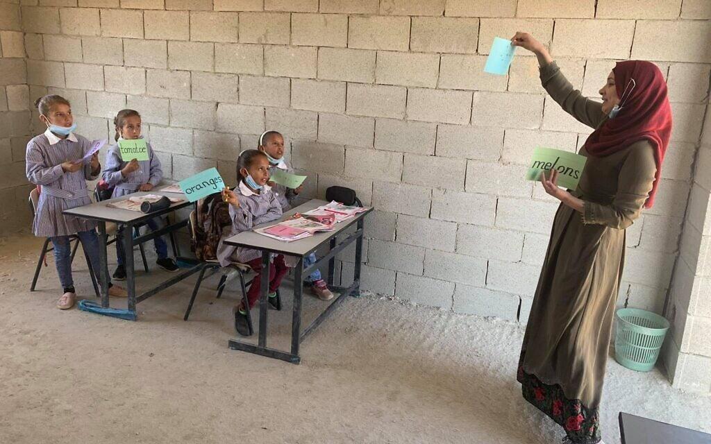 בראס א-תין בגדה המערבית, שהמנהל האזרחי מאיים להרוס (צילום: CCOO)