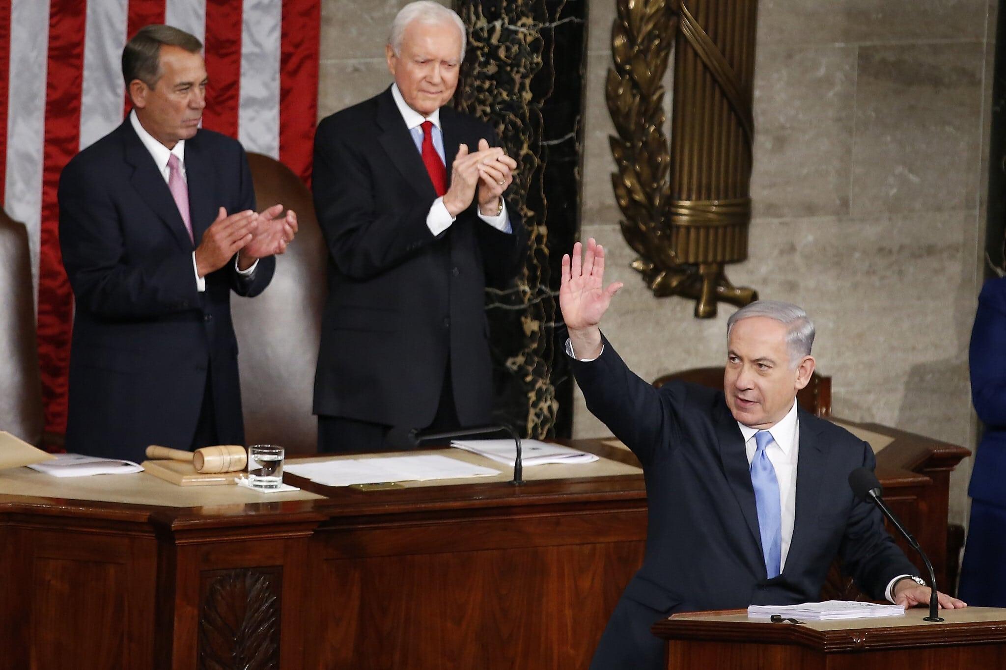 בנימין נתניהו נואם בקונגרס האמריקאי נגד הסכם הגרעין עם איראן, ב-3 במרץ 2015 (צילום: AP Photo/Andrew Harnik)