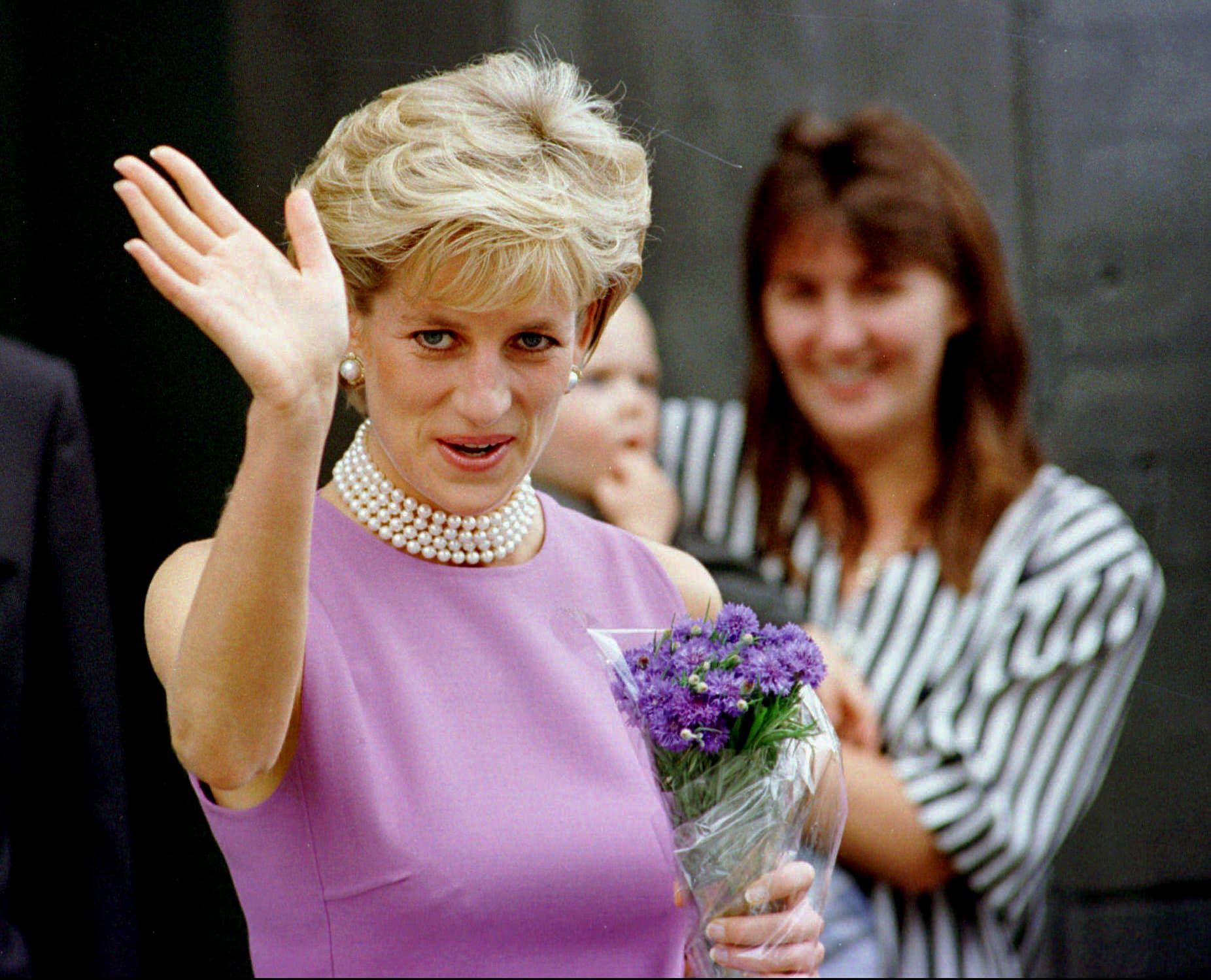 הנסיכה דיאנה ב-1996 (צילום: AP Photo/Rick Rycroft)