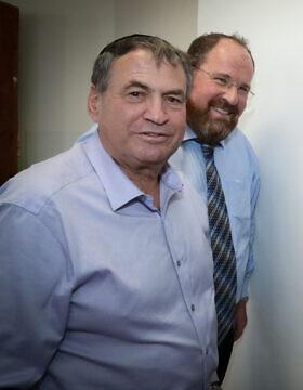 """ח""""כ עוזי דיין (משמאל) (צילום: Gershon Elinson/FLASH90)"""