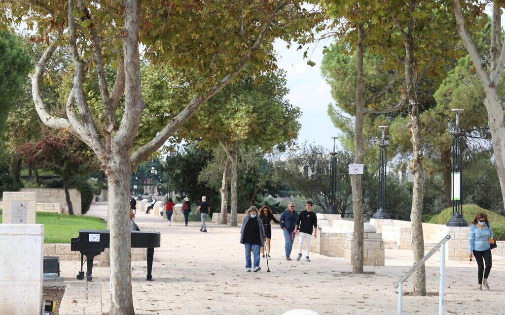טיילת האס בירושלים (צילום: שמואל בר-עם)