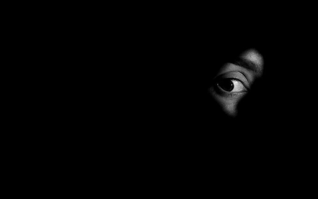 אלימות נגד נשים, אילוסטרציה (צילום: Motortion /iStock)