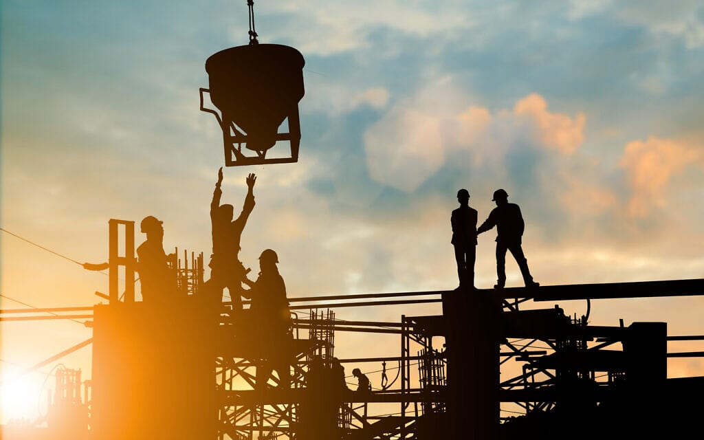 אילוסטרציה. תאונות עבודה בבניין (צילום: iStock)