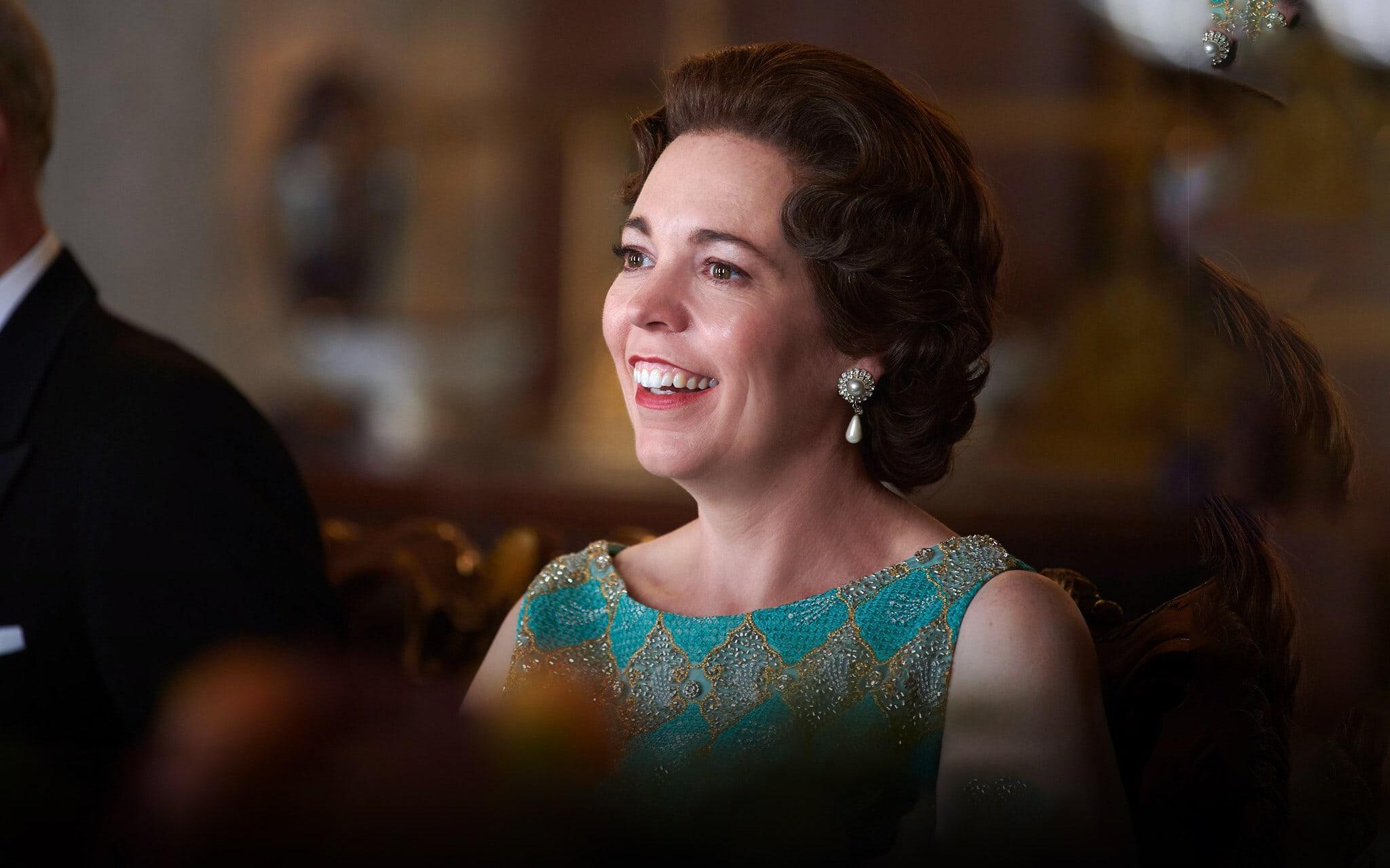 """אוליביה קולמן בתפקיד המלכה אליזבת השנייה בעונה הרביעית של """"הכתר"""" (צילום: Des Willie/Netflix)"""