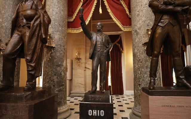 הפסל של תומס אדיסון, מטעם מדינת אוהיו, מוצב באולם הפסלים בגבעת הקפיטול (צילום: AP Photo/Manuel Balce Ceneta)