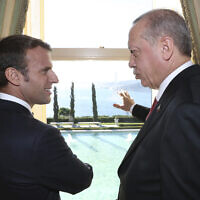 רג'יפ טאיפ ארדואן ועמנואל מקרון (צילום: Presidential Press Service via AP, Pool)