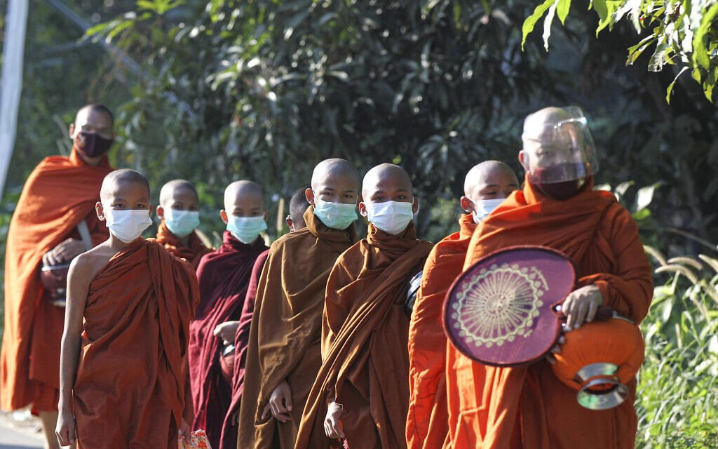 Virus Outbreak Myanmar Daily Life