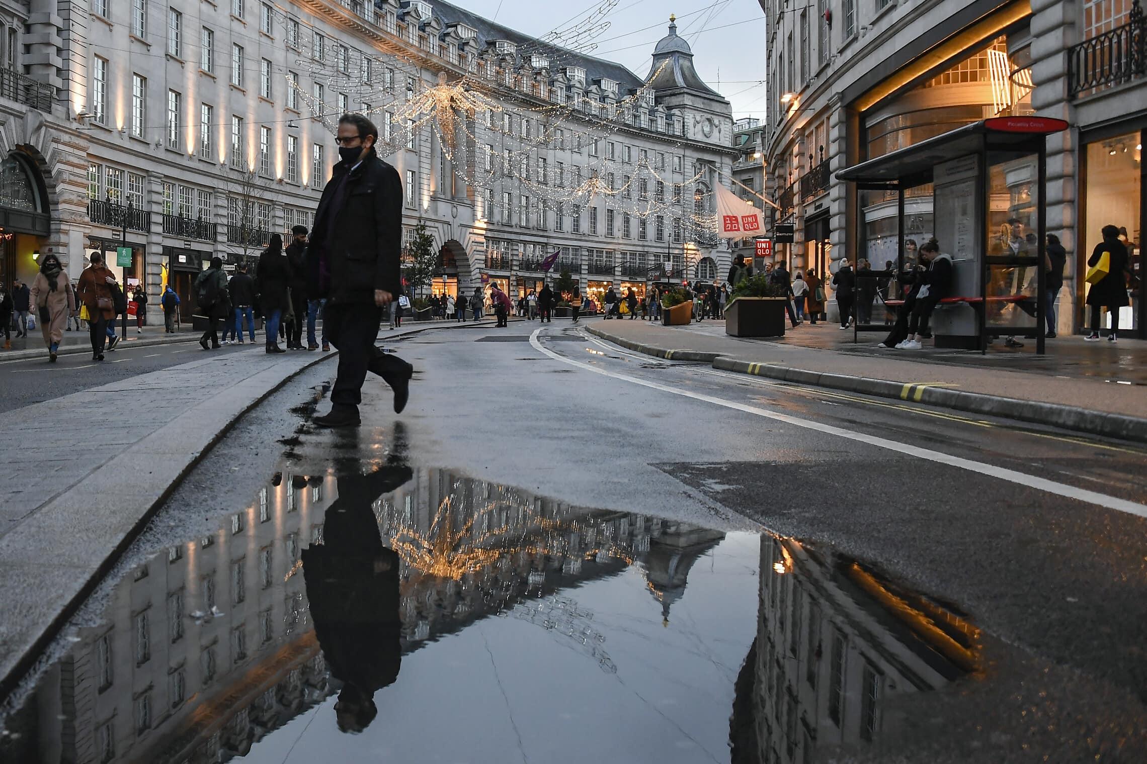 רחוב ריג'נט בלונדון, השבוע (צילום: AP Photo/Alberto Pezzali)