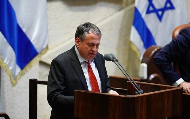 עוזי דיין במליאת הכנסת (צילום: דוברות הכנסת)