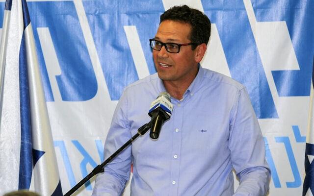 ניסן בן-חמו, ראש העיר ערד. מתנגד לכריית פצלי השמן (צילום: Talucho/Flash90)