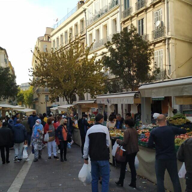 שוק מקומי ברובע הראשון של מרסיי (צילום: יעקב שוורץ)