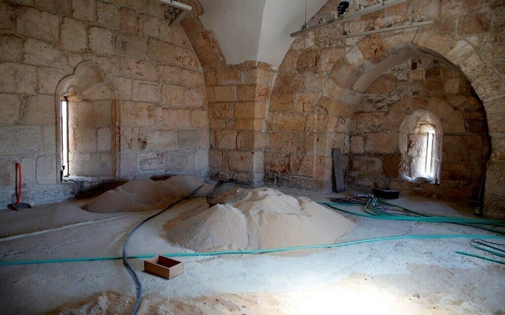 חפירות ושיפוצים במגדל דוד, נובמבר 2020 (צילום: ריקי רחמן)