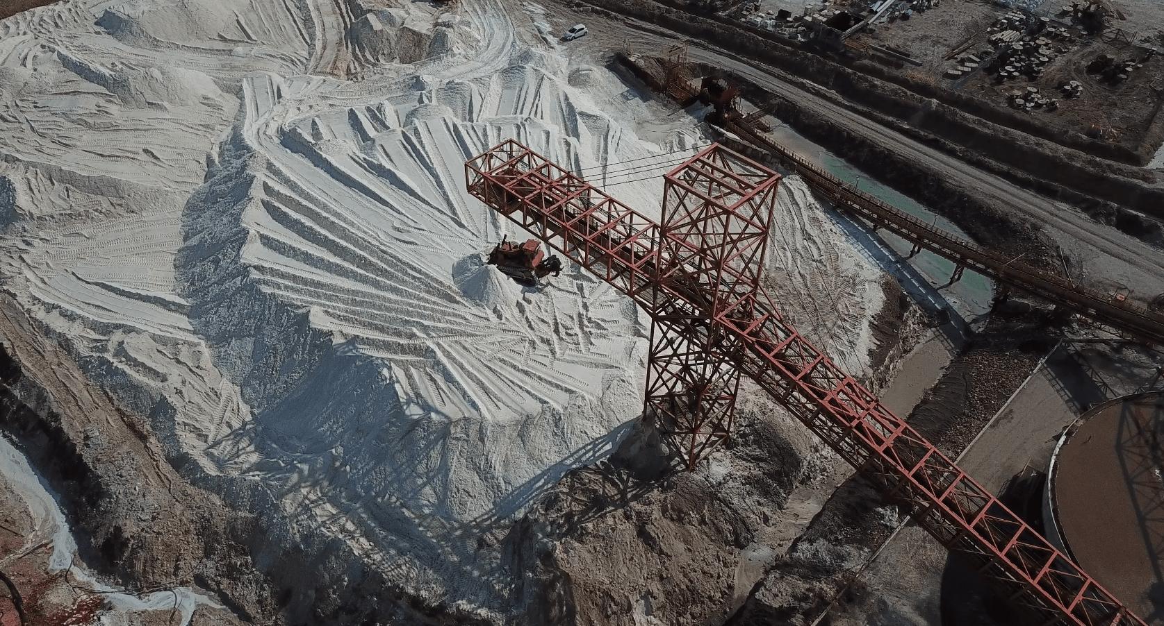 מפעל בים המלח (צילום: אליעד איבס, גרינפיס)