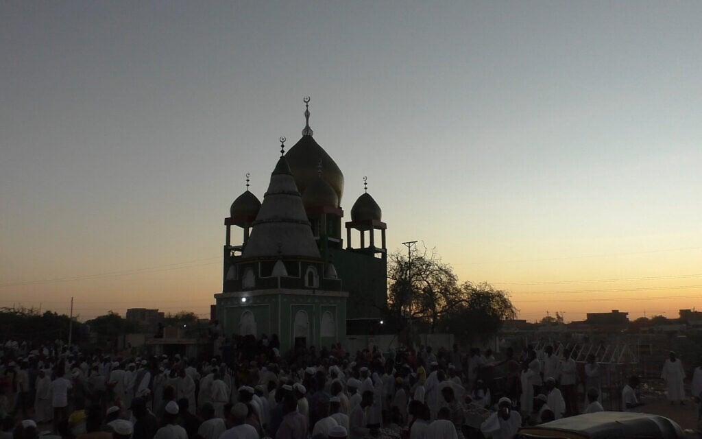 תפילת יום שישי בח'רטום, סודן, נובמבר 2020 (צילום: זיו ג'ניסוב)