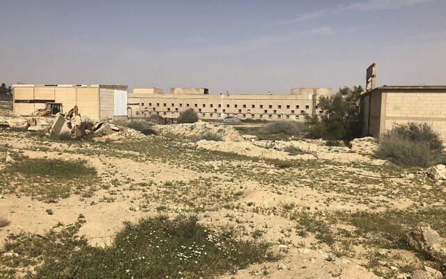 מפעל הטקסטיל של כיתן בדימונה, 8 באפריל, 2019 (צילום: סו סורקיס, זמן ישראל)